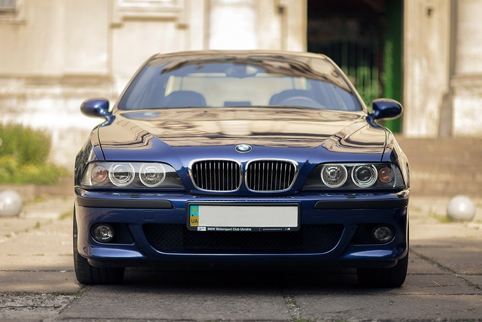 BMW M5 E39 1998MY test-drive